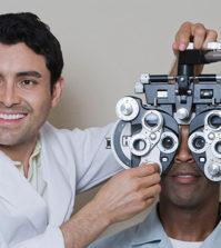especialista em olhos, oftalmologista